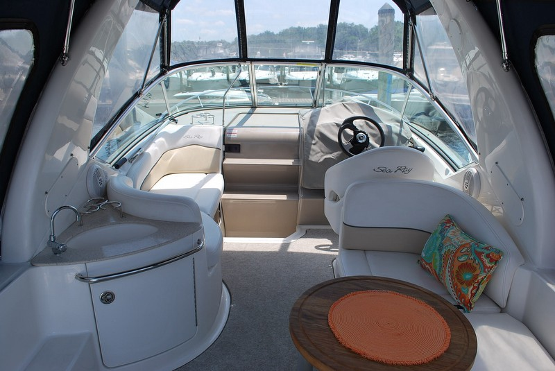 2008 Sea Ray 260 Sundancer - Photo #6
