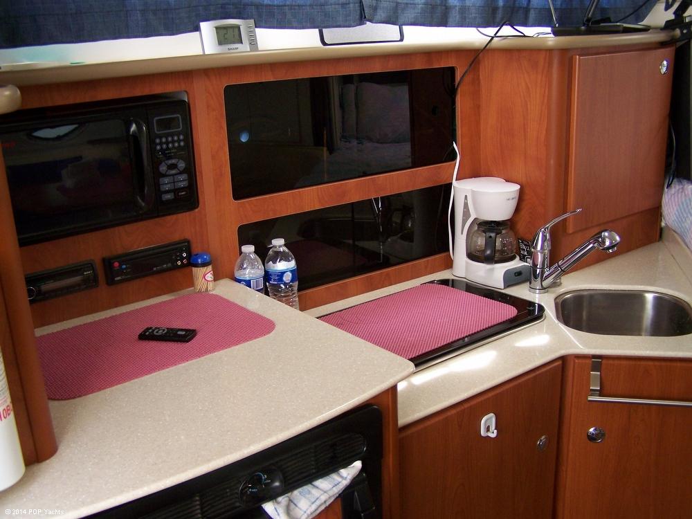 2007 Bayliner 305 Cruiser - Photo #5