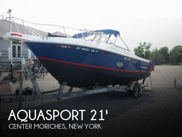 For sale used 2002 aquasport 215 osprey in center for Moriches boat and motor