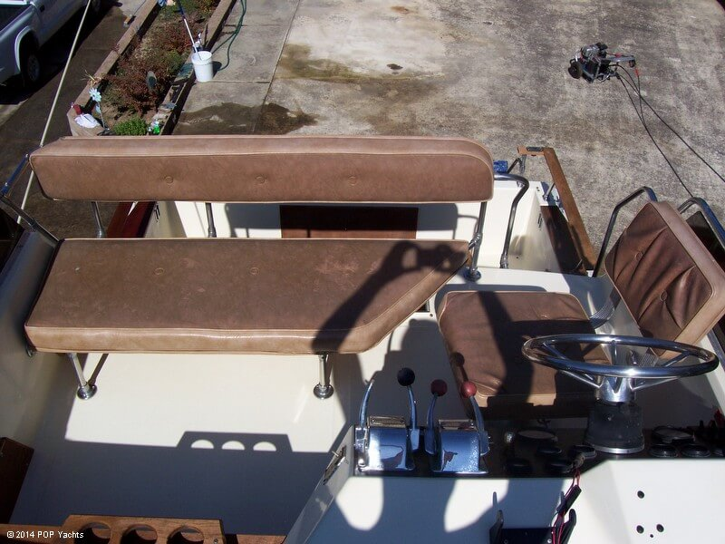 1980 Sea Ray 270 SRV Sedan Bridge - Photo #5