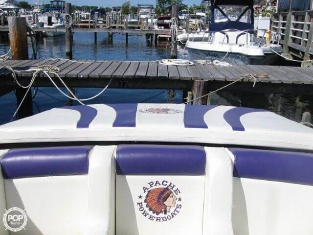 1998 Apache Powerboats 36 Warrior - Photo #36