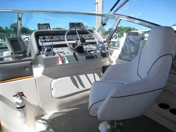 1988 Cruisers 3170 Esprit - Photo #6