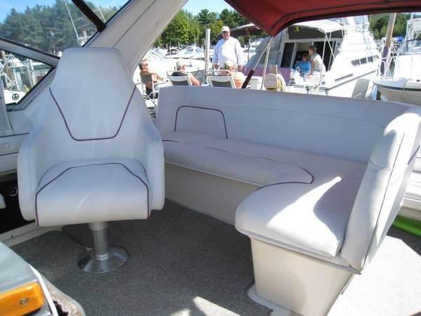 1988 Cruisers 3170 Esprit - Photo #7