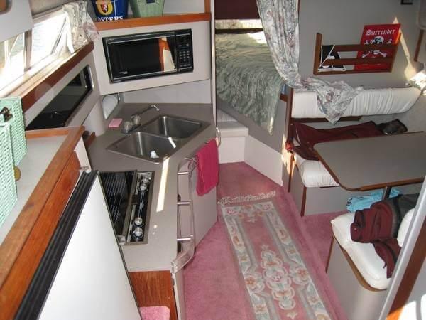 1988 Cruisers 3170 Esprit - Photo #9