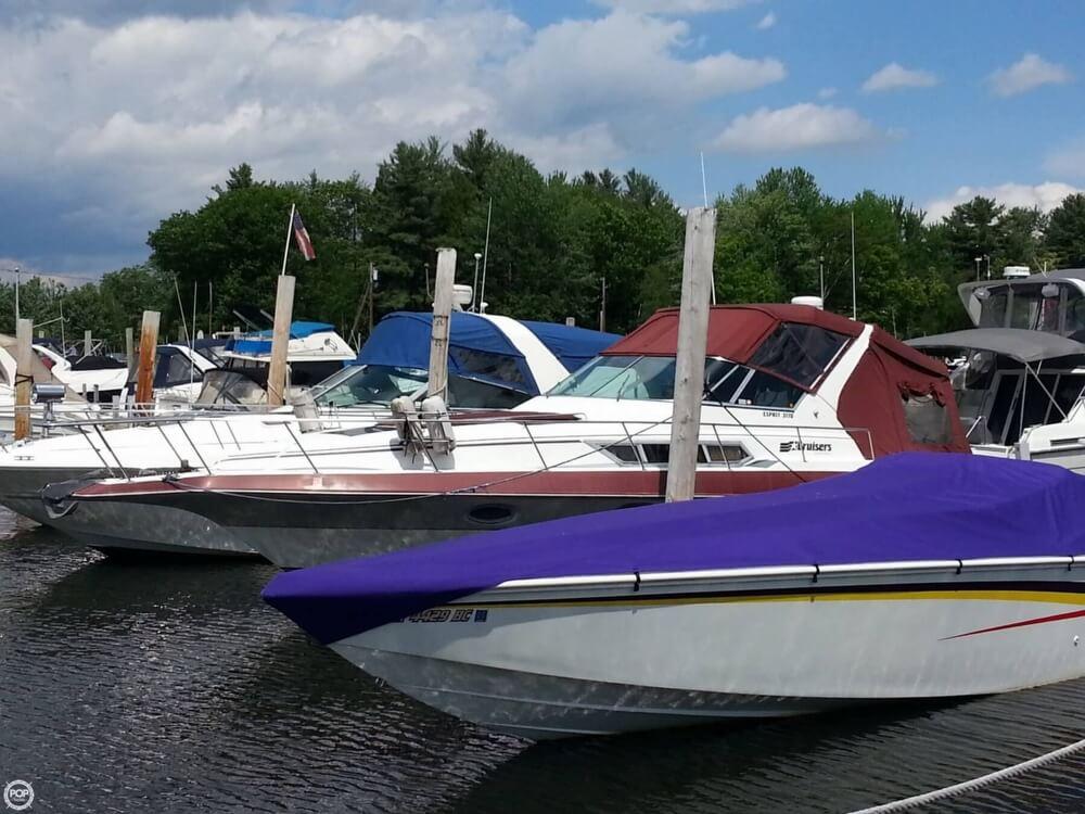 1988 Cruisers 3170 Esprit - Photo #12