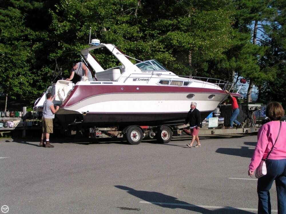 1988 Cruisers 3170 Esprit - Photo #13