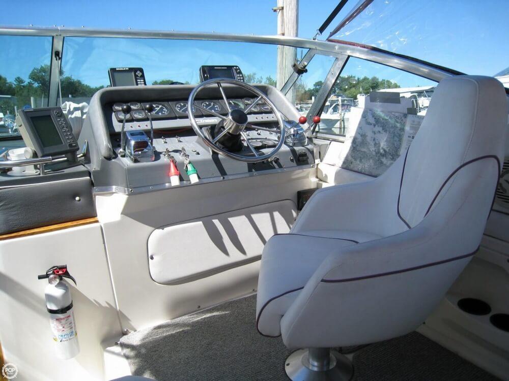 1988 Cruisers 3170 Esprit - Photo #22
