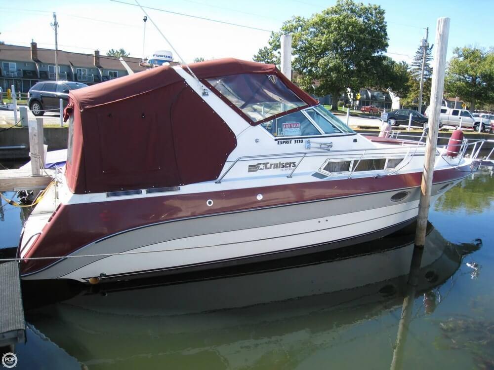 1988 Cruisers 3170 Esprit - Photo #28