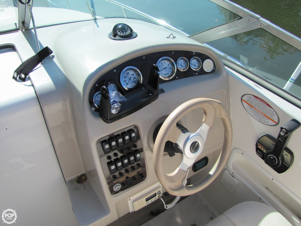 2000 Chaparral 240 Signature - Photo #31