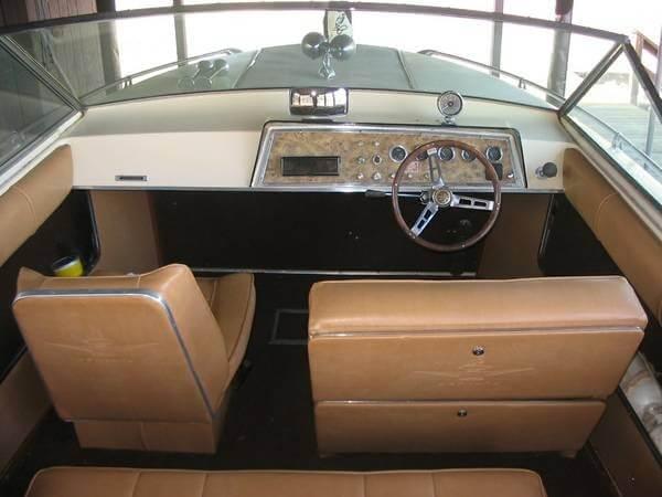 1969 Century 2110 Coronado - Photo #14
