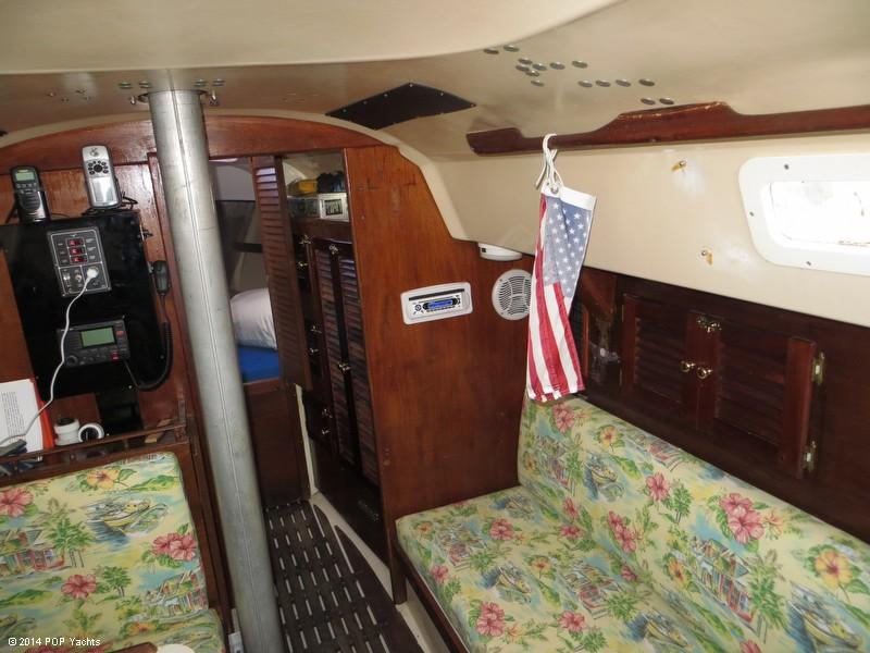 1973 C & C Yachts 30 - Photo #40