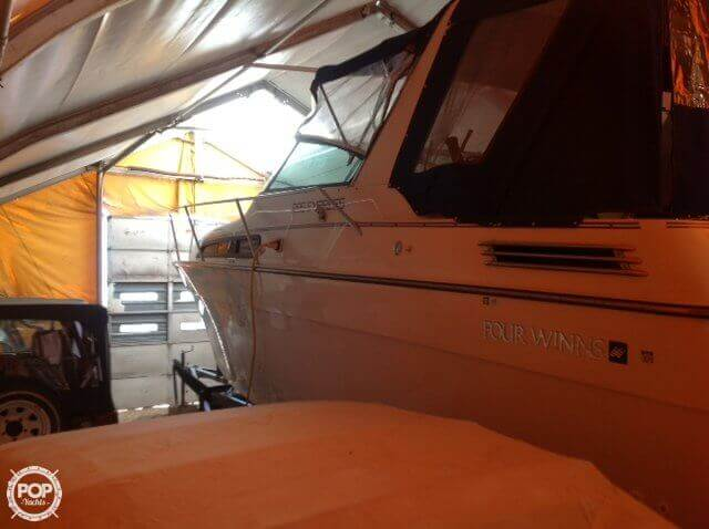1993 Four Winns boat for sale, model of the boat is 285 Express & Image # 10 of 29
