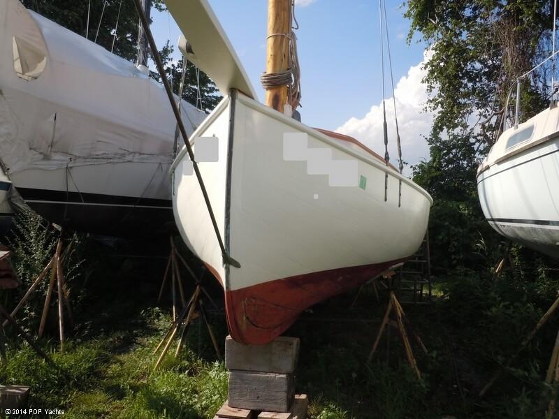 1935 Custom 22 Antique & Classic Catboat - Photo #9
