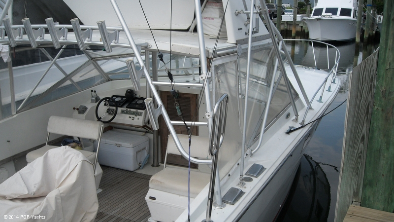 1967 Magnum Marine 35 Maltese - Photo #9