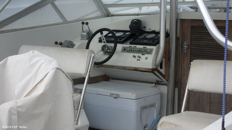 1967 Magnum Marine 35 Maltese - Photo #12