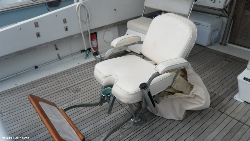 1967 Magnum Marine 35 Maltese - Photo #15