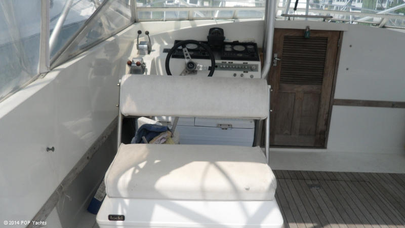 1967 Magnum Marine 35 Maltese - Photo #21