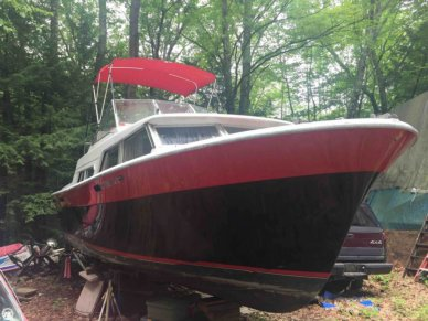 Tollycraft 30 Crowd Pleaser, 30', for sale - $8,500