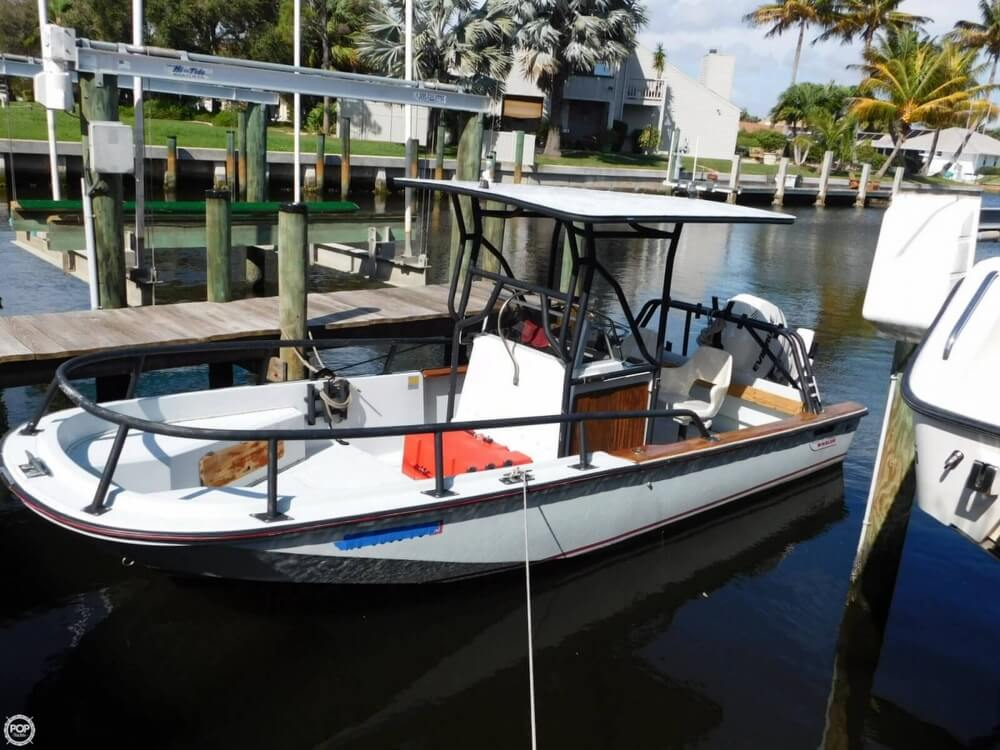 1984 Boston Whaler 20 Outrage - Photo #7