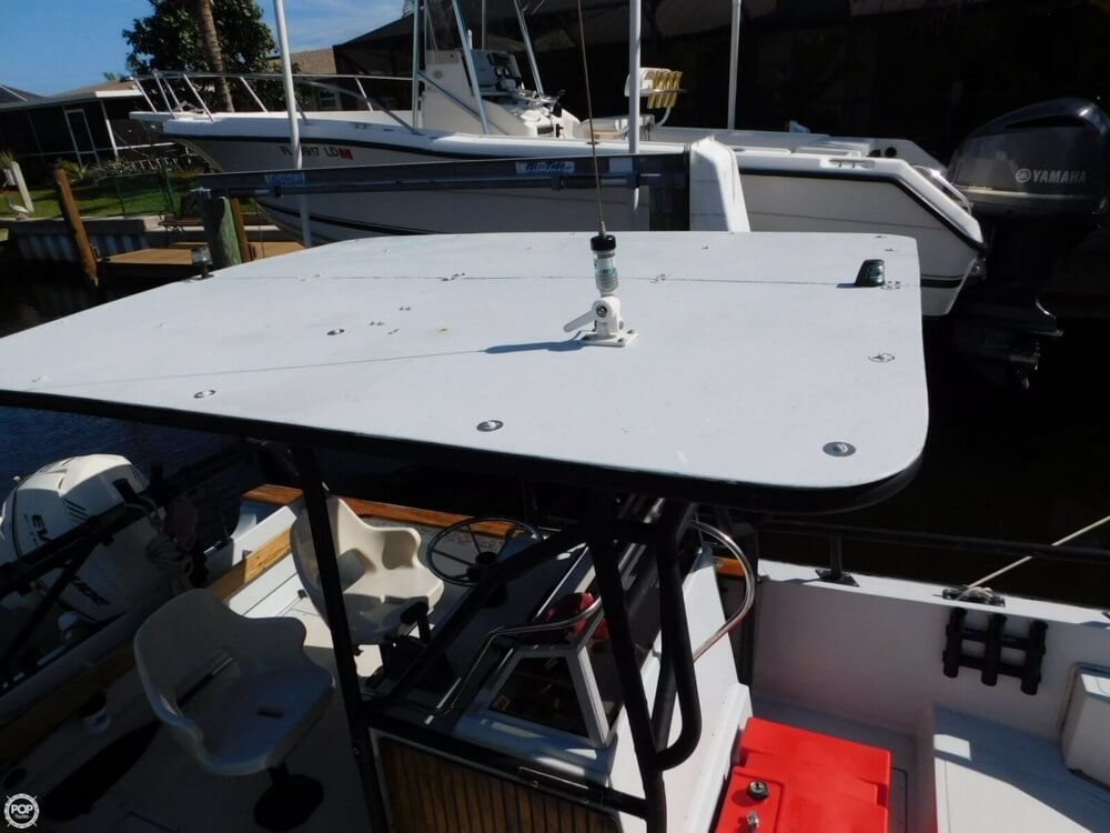 1984 Boston Whaler 20 Outrage - Photo #13