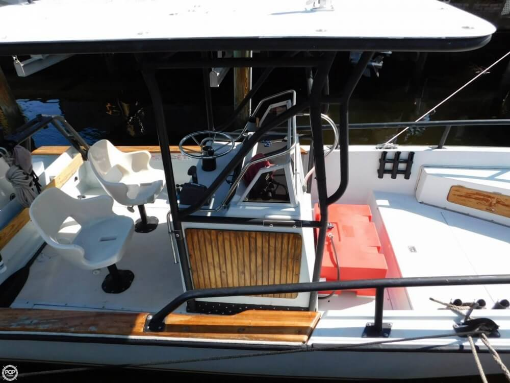1984 Boston Whaler 20 Outrage - Photo #14