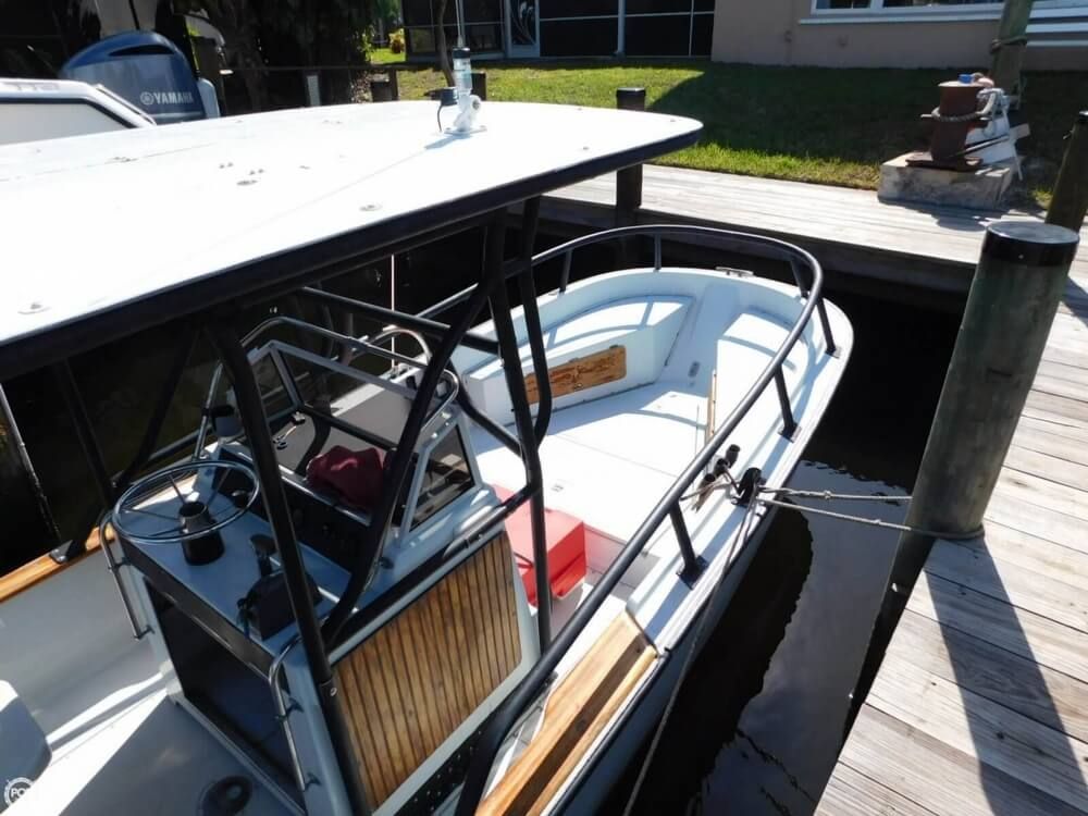 1984 Boston Whaler 20 Outrage - Photo #16