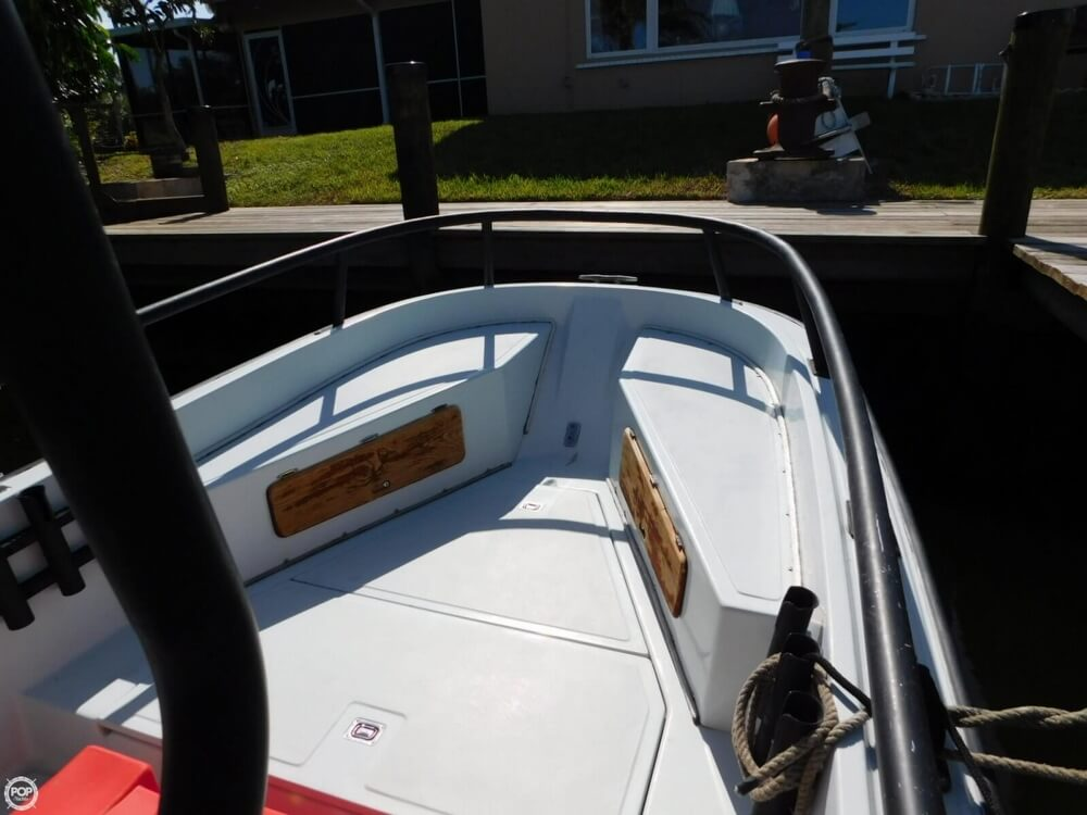 1984 Boston Whaler 20 Outrage - Photo #17