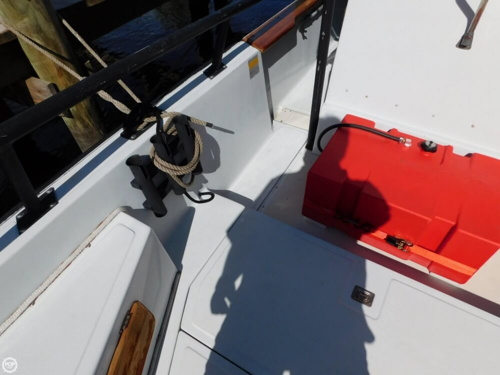 1984 Boston Whaler 20 Outrage - Photo #22
