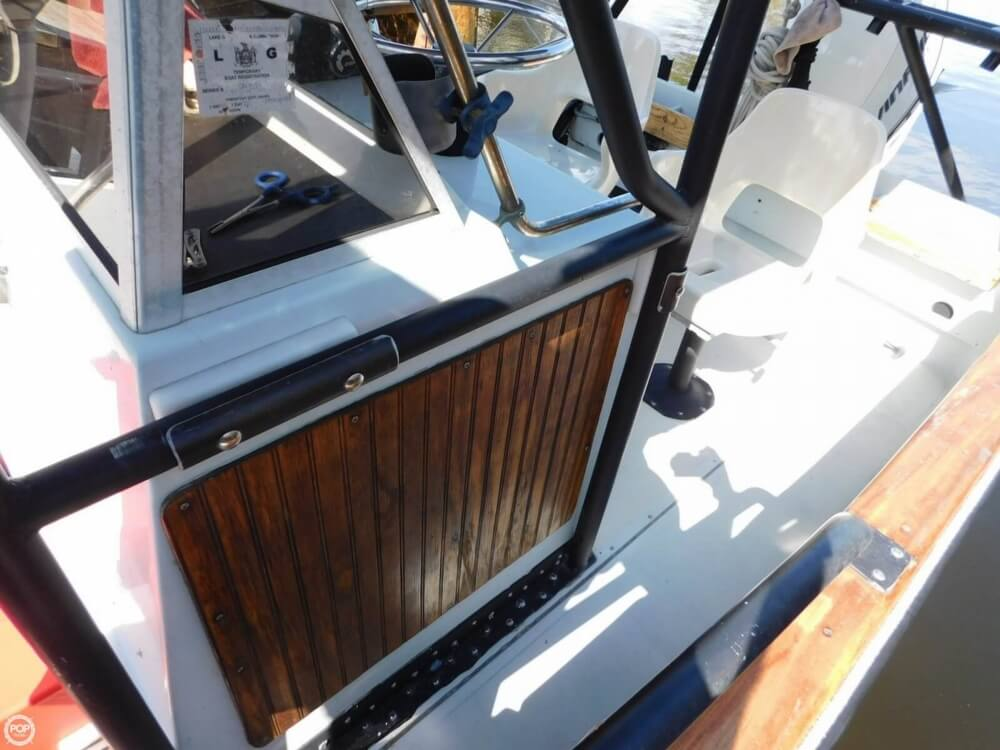 1984 Boston Whaler 20 Outrage - Photo #28