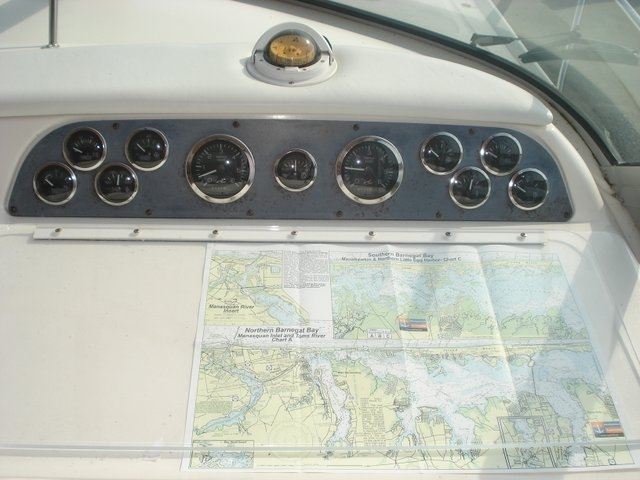 1998 Sea Ray 310 Sundancer - Photo #27