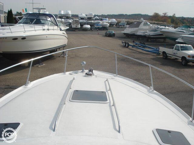 1998 Sea Ray 310 Sundancer - Photo #31