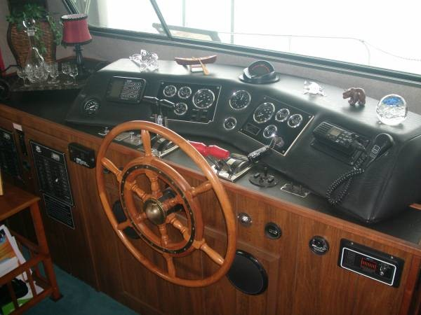 1990 Harbor Master 52 Widebody Houseboat - Photo #6