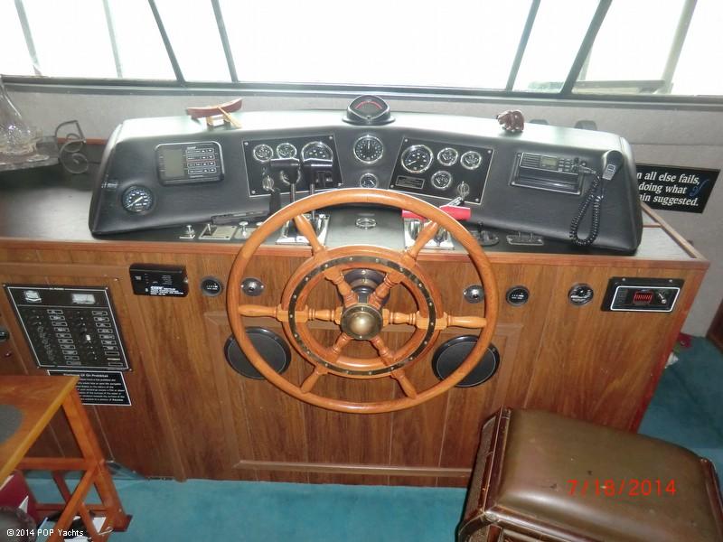 1990 Harbor Master 52 Widebody Houseboat - Photo #20
