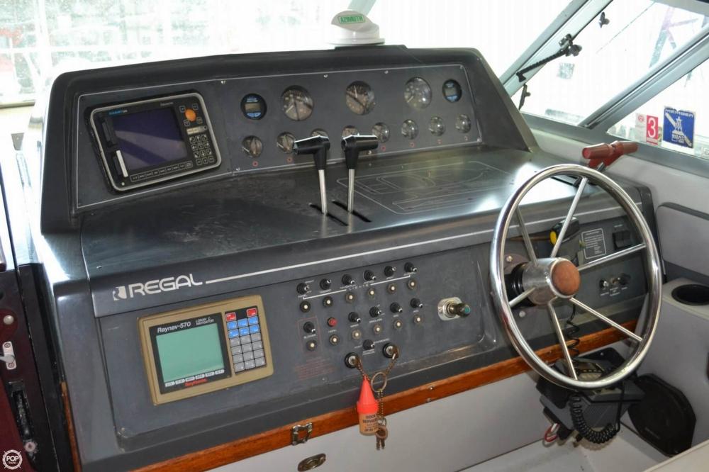 1990 Regal 360 Commodore - Photo #27