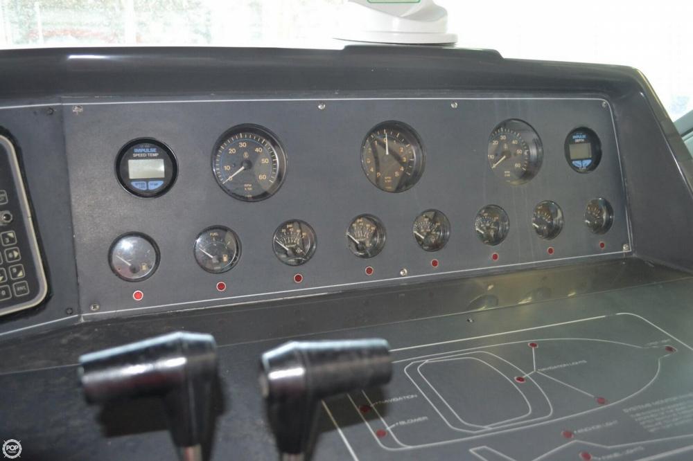 1990 Regal 360 Commodore - Photo #30