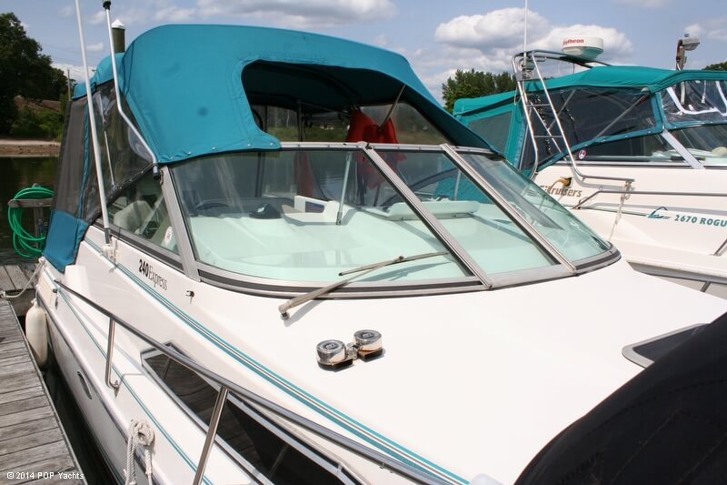 Thundercraft 240 Express, 25', for sale - $12,500