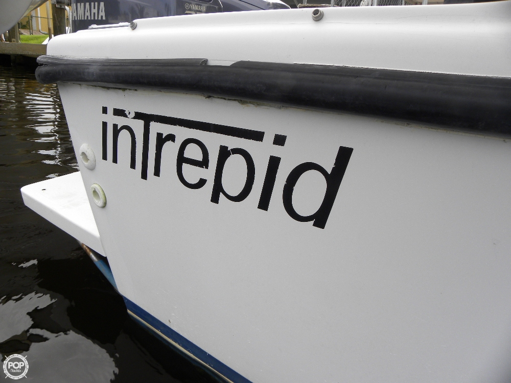 1991 Intrepid 30 - Photo #40