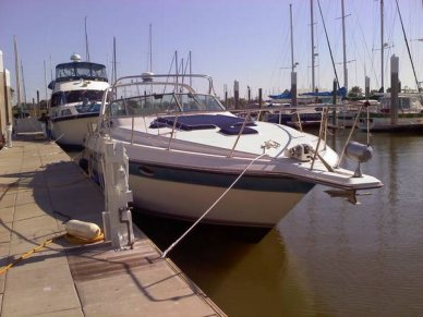 Regal Commodore 360, 39', for sale - $19,800
