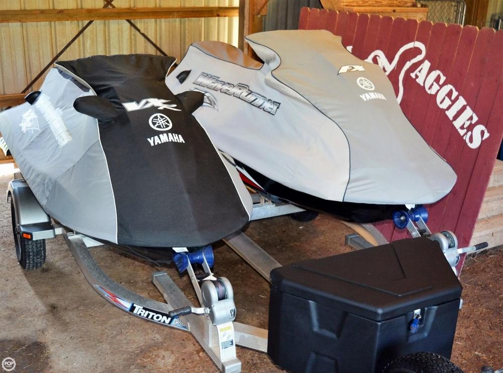 2012 Yamaha FX Super High Output - 2 Skis - Photo #15