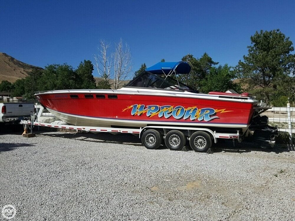 1981 Formula boat for sale, model of the boat is 302 LS & Image # 4 of 30