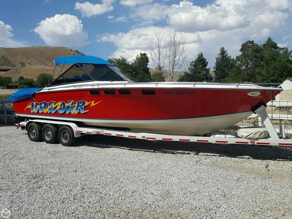 1981 Formula boat for sale, model of the boat is 302 LS & Image # 10 of 30
