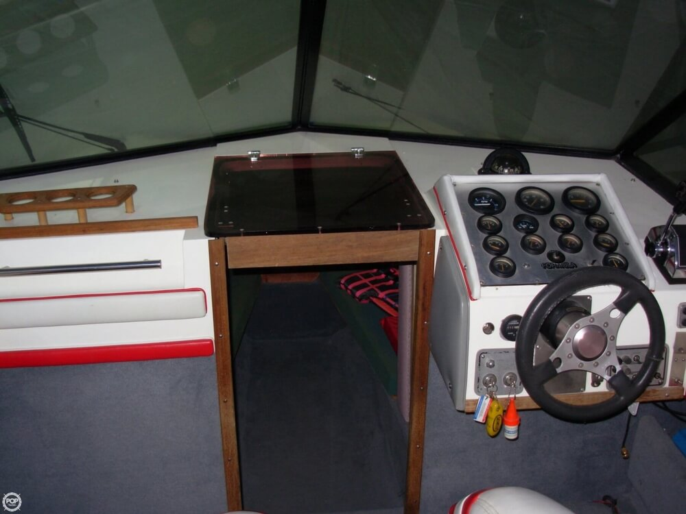 1981 Formula boat for sale, model of the boat is 302 LS & Image # 21 of 30