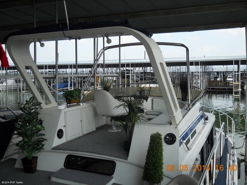1987 Bluewater 51 Coastal Cruiser - Photo #5