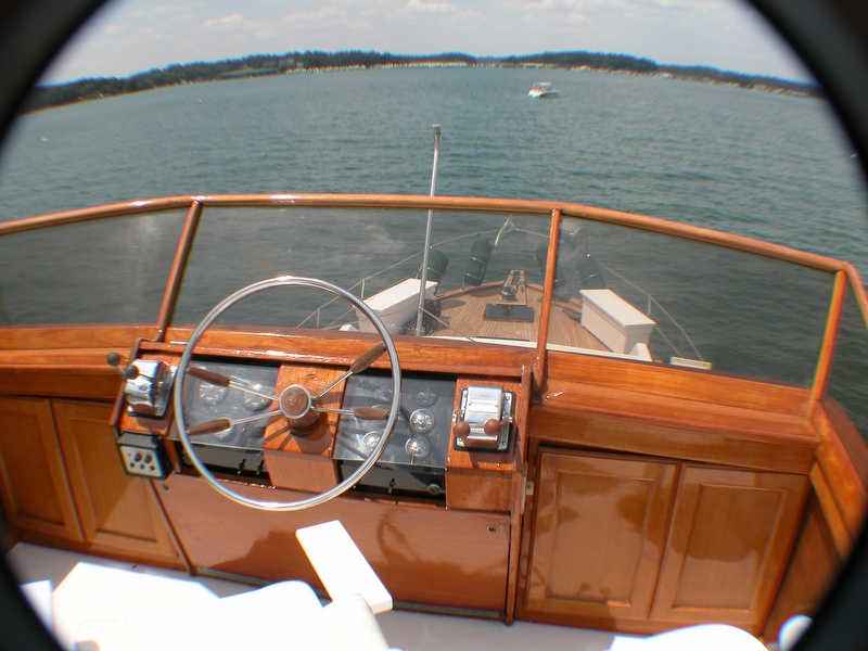 1974 Trojan F44 Motor Yacht - Photo #8