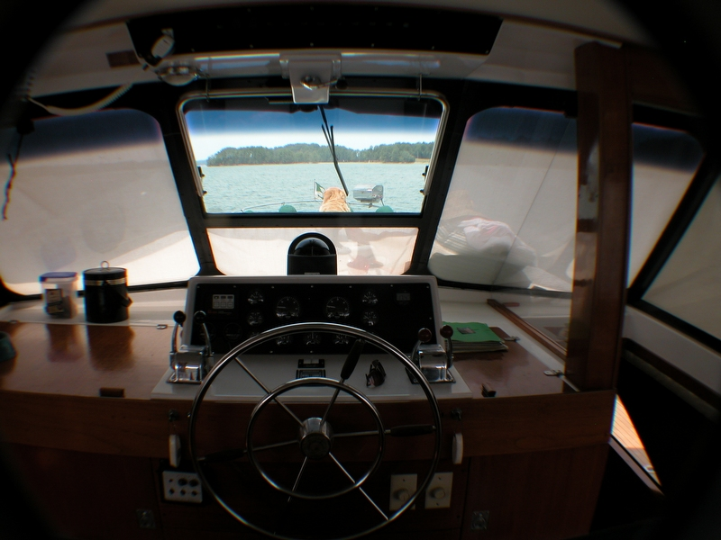 1974 Trojan F44 Motor Yacht - Photo #11