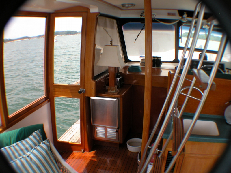 1974 Trojan F44 Motor Yacht - Photo #12
