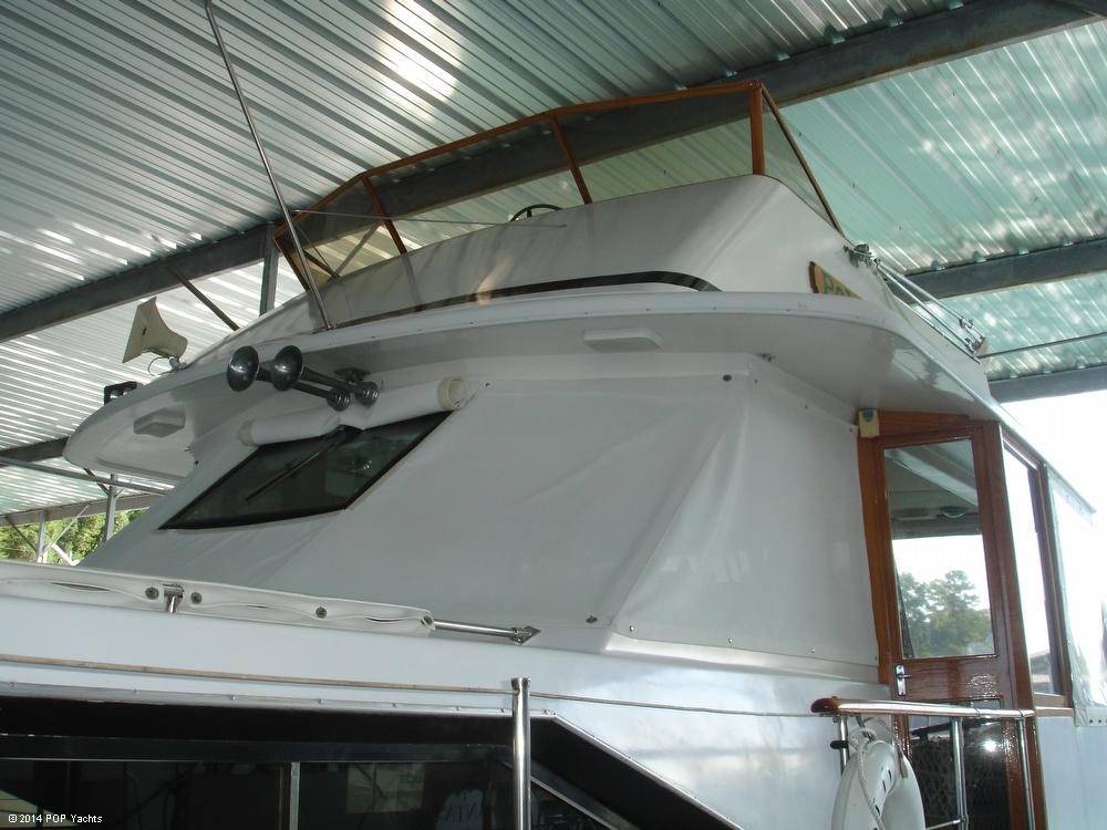 1974 Trojan F44 Motor Yacht - Photo #30