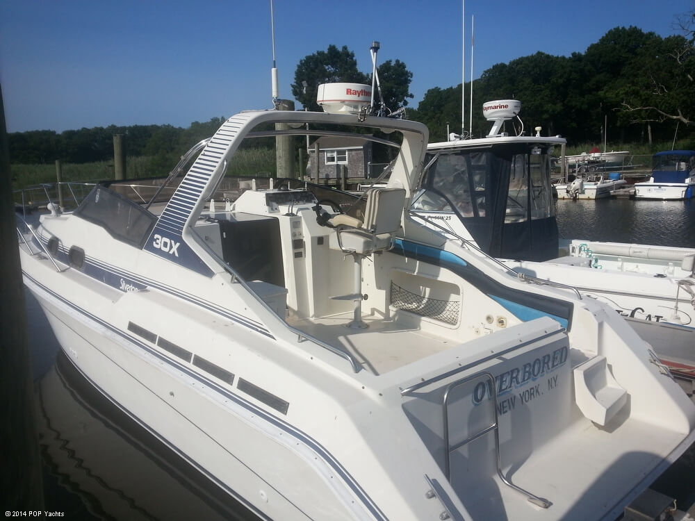 1988 Silverton boat for sale, model of the boat is 30X & Image # 4 of 40