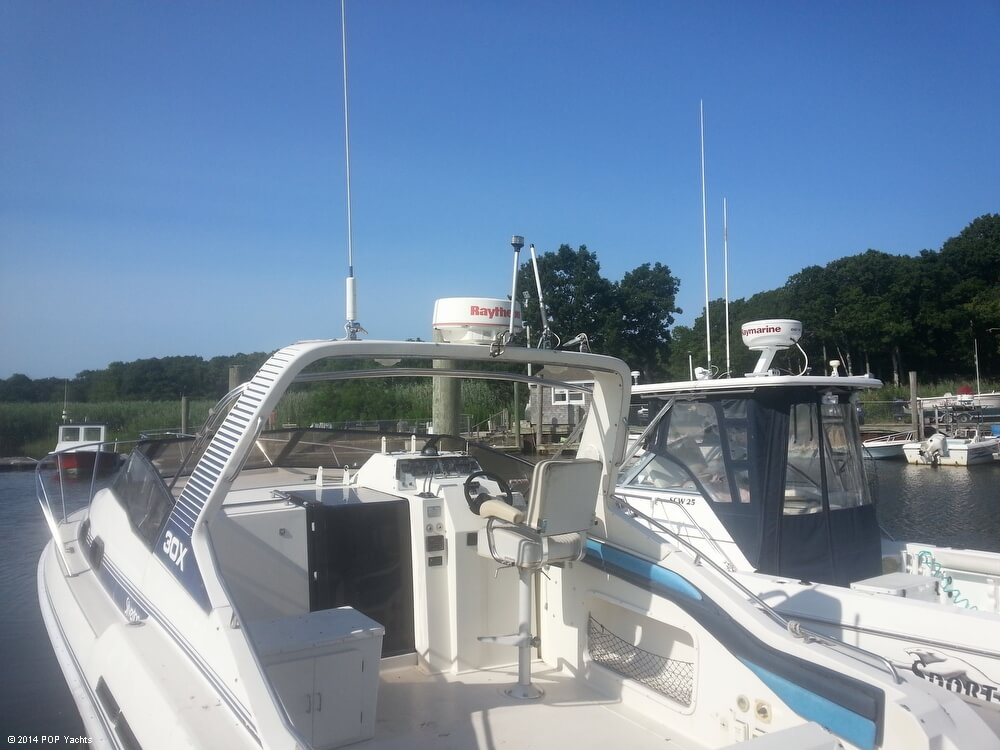 1988 Silverton boat for sale, model of the boat is 30X & Image # 6 of 40