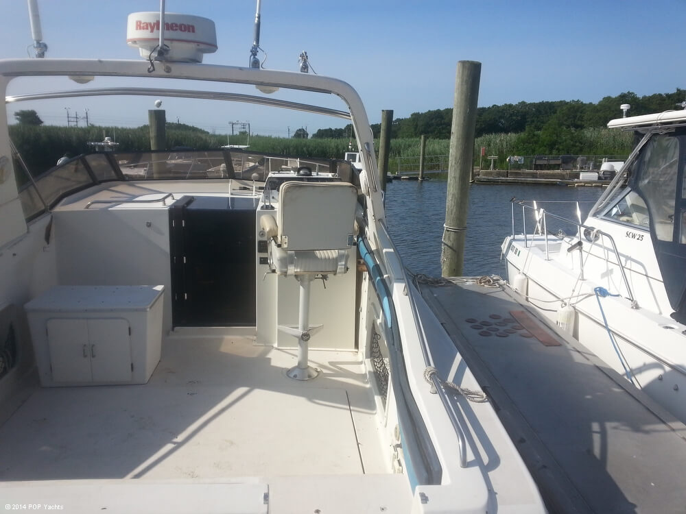 1988 Silverton boat for sale, model of the boat is 30X & Image # 11 of 40